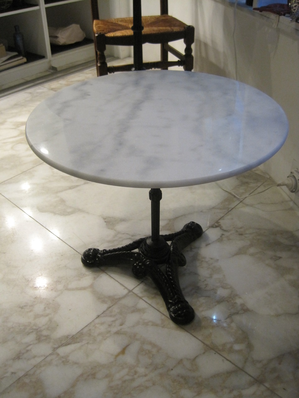 Marble Coffee Table Adelaide: Round Coffee Or Side Table With White Marble Top Petit