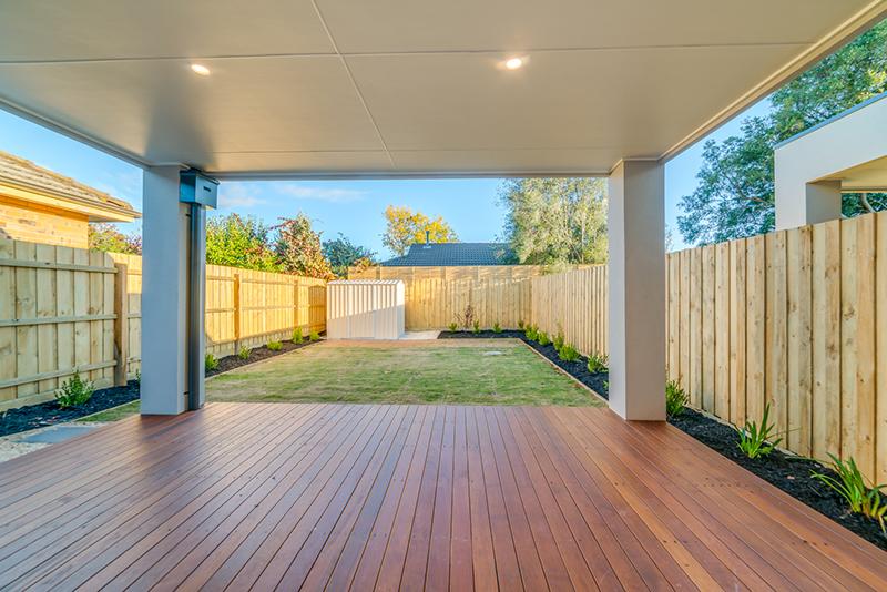 Backyard / Deck