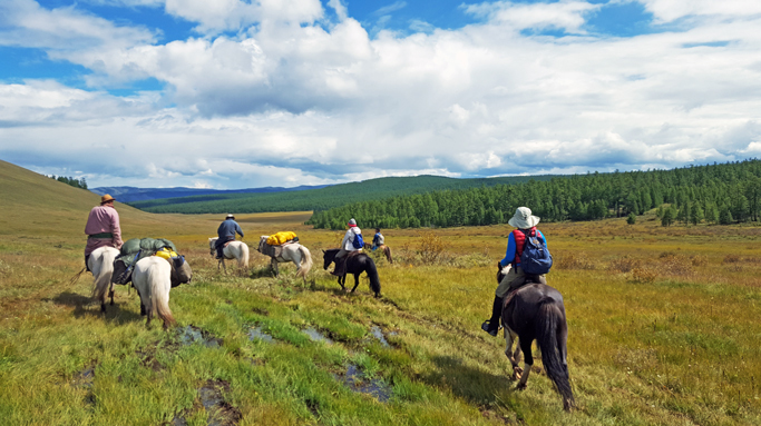 Horseback riding in tour in Northern Mongolia