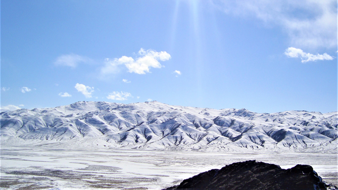 Sunny winter day, Western Mongolia