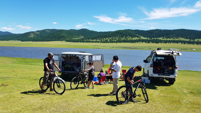 Family tour, Central Mongolia