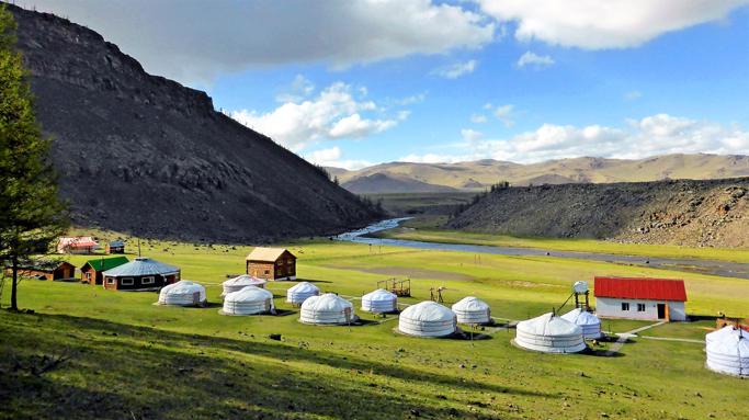 Mongolia travel accommodation, Ger tourist camp