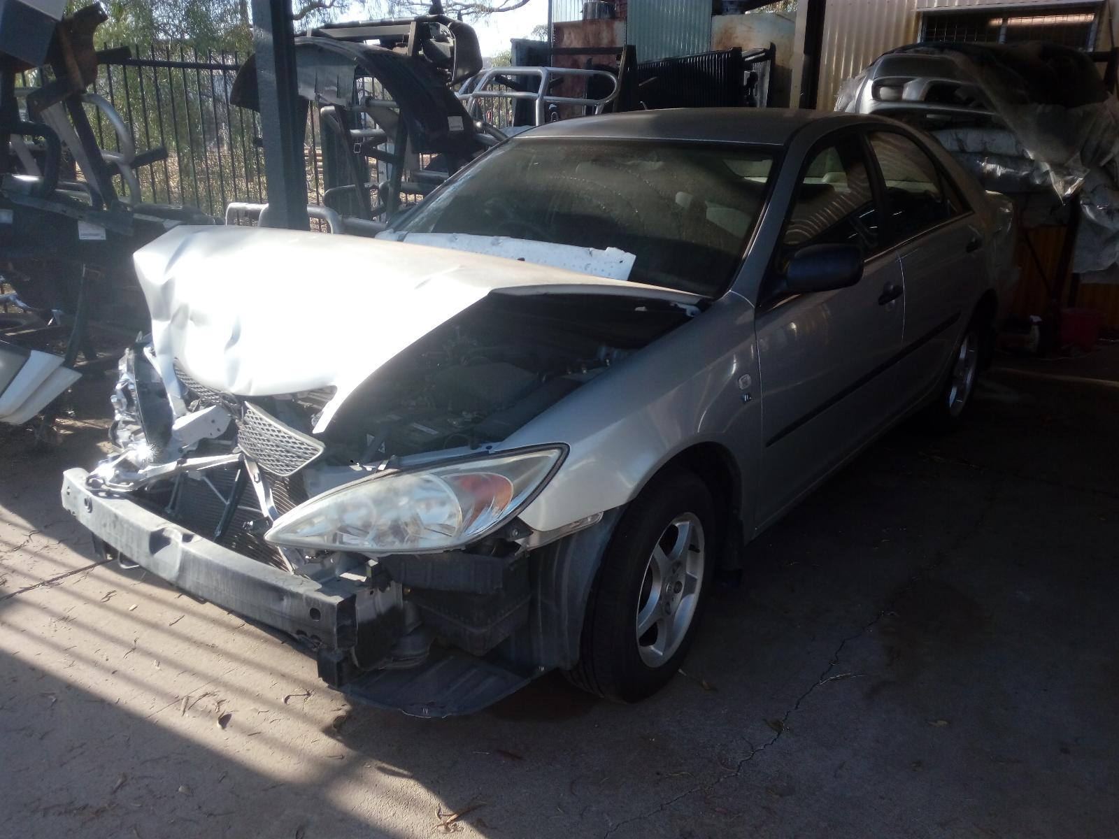 View Auto part Left Indicator/Fog/Side Toyota Camry 2003
