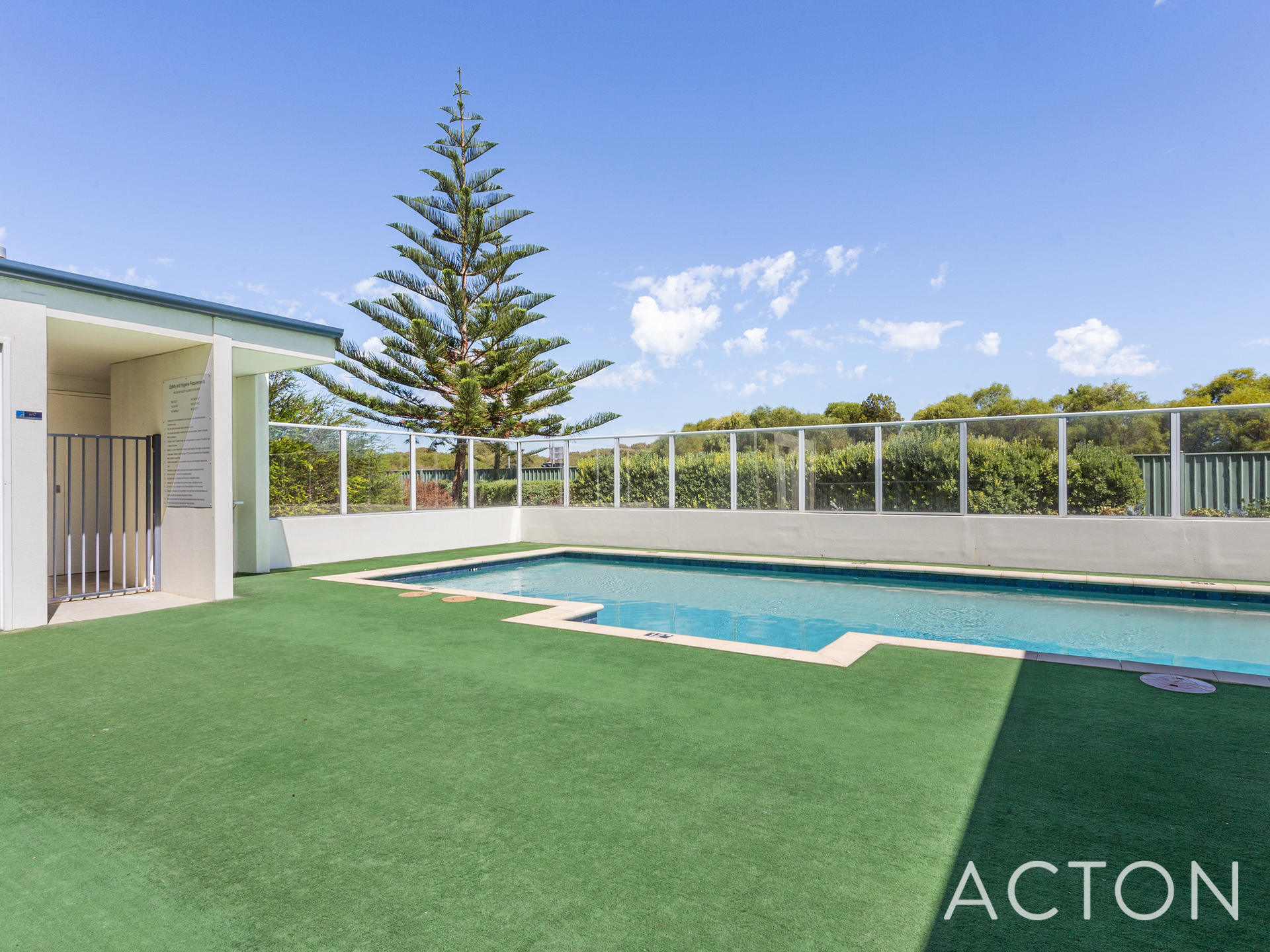 1 52 Rollinson Road North Coogee Unit For Sale