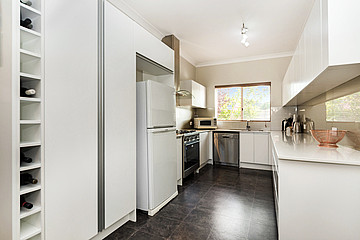 Property in MANNING, 8 Bickley Crescent