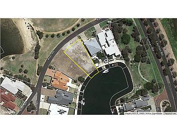 Property in GEOGRAPHE, 7 Keel Retreat