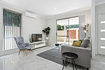 Property in SPEARWOOD, 260 Spearwood Avenue