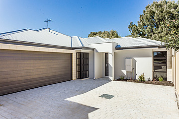 Property in HAMILTON HILL, 9A Honeysett Court