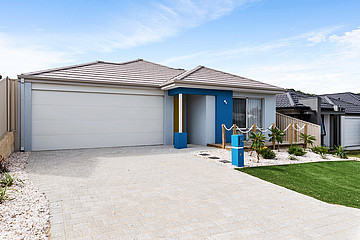 Property in SPEARWOOD, 9 Crystalline Road