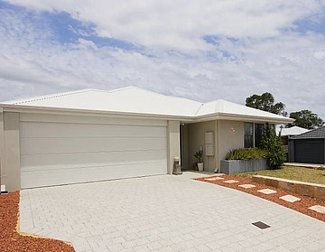 Property in SPEARWOOD, 93 Entrance Road