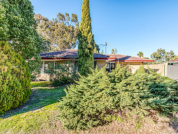Property in ARMADALE, 65 Lowanna Way