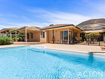 Property in COOGEE, 4 Longreach Parade