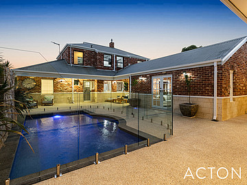Property in COOGEE, 55 Fairbairn Road