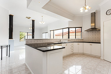 Property in SPEARWOOD, 4 Zlinya Circle