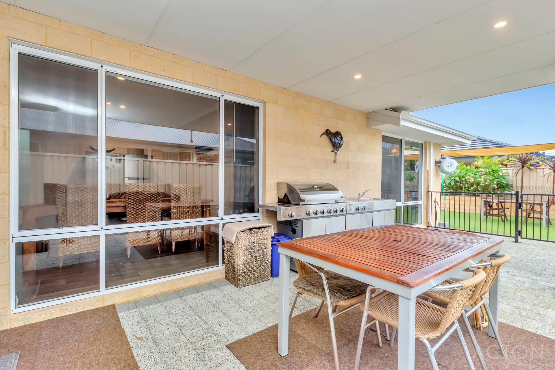 3 Breezy Way Meadow Springs - House For Sale - 23079067 - ACTON Mandurah