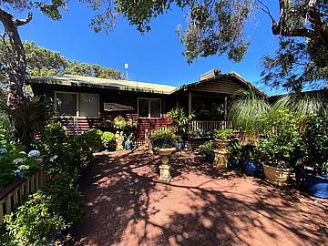 Property in MOLLOY ISLAND, 24 Sabina Drive