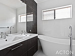 Property in MOUNT LAWLEY, 66 Grosvenor Road