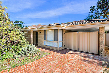Property in BRENTWOOD, 4/9 Durant Way