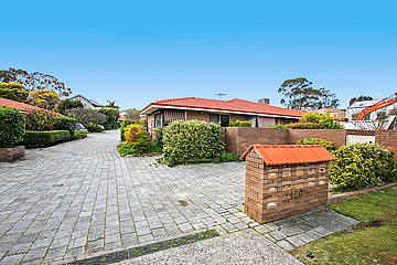 Property in APPLECROSS, 6/120 Matheson Road