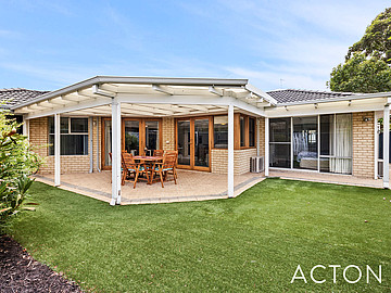 Property in APPLECROSS, 741A Canning Highway
