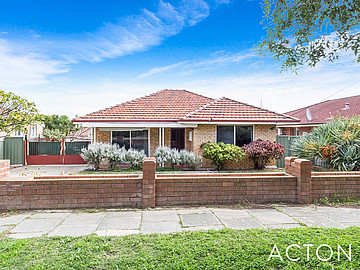 Property in BEACONSFIELD, 1 Newmarket Street