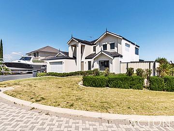 Property in YANGEBUP, 9 Adelfia Rise