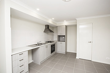 Property in HAMILTON HILL, Display 31 Stratton Street
