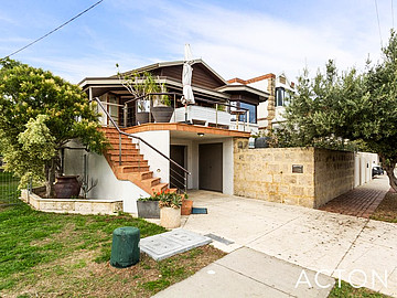 Property in SOUTH FREMANTLE, 168 Marine Terrace