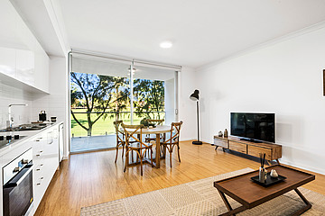 Property in CHURCHLANDS, 64/271 Selby Street