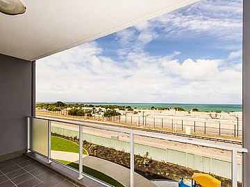 Property in NORTH COOGEE, 20/25 O'Connor Close