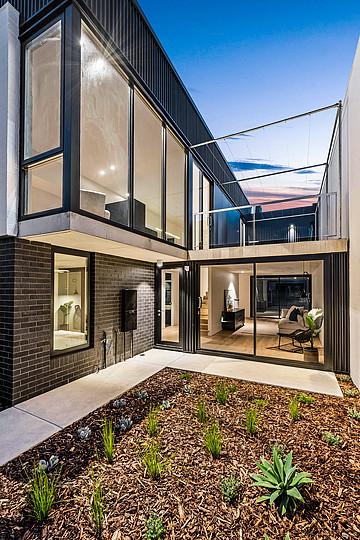 Property in FREMANTLE, 12 Rochfort Way
