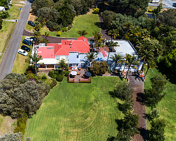 Property in BAYONET HEAD, 3 Harbour Road