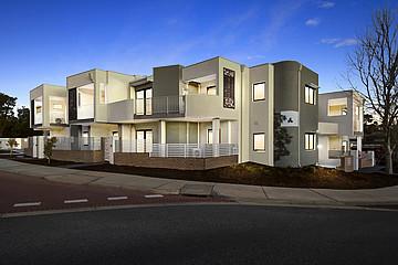 Property in BEELIAR, 2/31 Lakefront Avenue