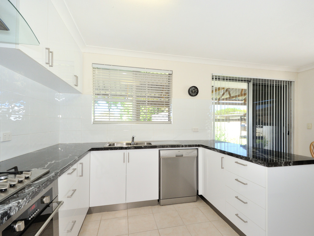 2 Newman Close Cooloongup - House For Sale - 18615205 - ACTON Rockingham