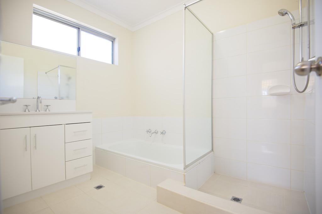 Bathroom Tiles Rockingham