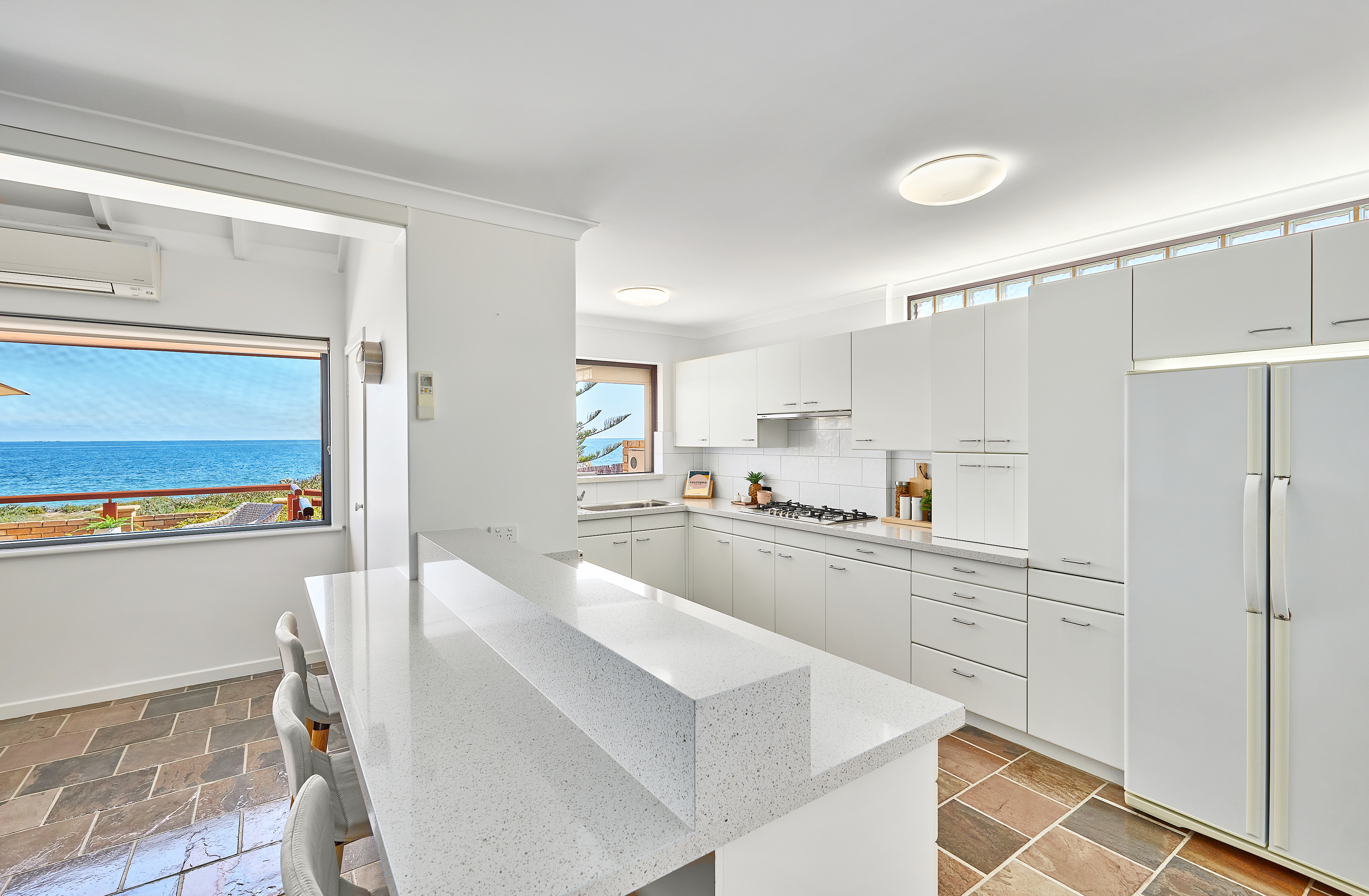 40 Warnbro Beach Road Safety Bay - House For Sale - 23001392 - ACTON Rockingham