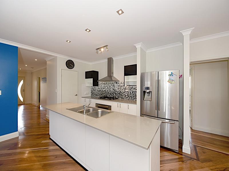7 Glastonbury Street Leda - House For Rent - 20657068 - ACTON Rockingham