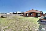 Property in WAIKIKI, 22 Buttermere Approach