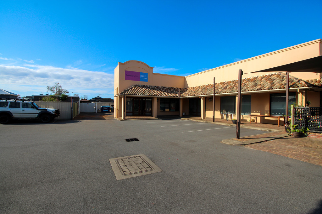 19 Bussell Highway West Busselton - Retail For Sale - 21350586 - ACTON South West