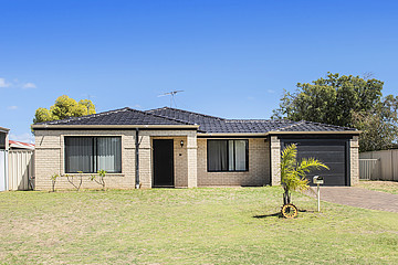 Property in BROADWATER, 37 Greyteal Place