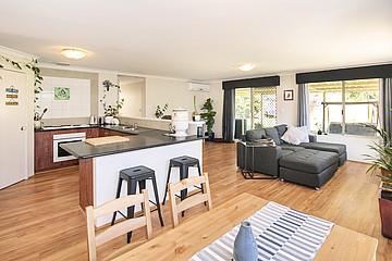 Property in WEST BUSSELTON, 52 Kilchatten Crescent