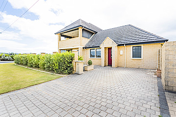 Property in WONNERUP, 66 Layman Road