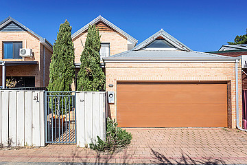 Property in EAST VICTORIA PARK, 52A Swansea Street
