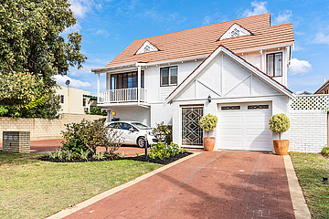 Property in SOUTH PERTH, 1/8 Heppingstone Street