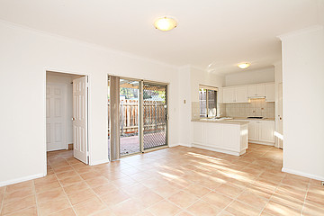 Property in VICTORIA PARK, 4/40 McMaster Street