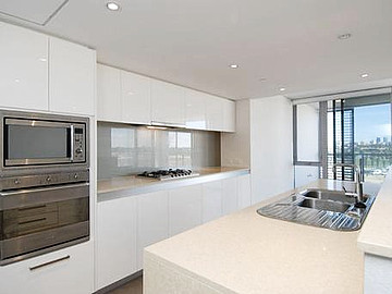 Property in BURSWOOD, 505/30 The Circus