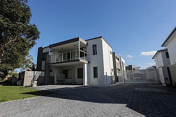 Property in RIVERVALE, 1/3 Cleaver Terrace