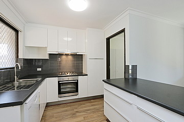 Property in QUEENS PARK, 10 Lovett Place