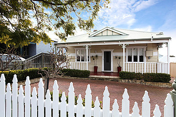 Property in EAST VICTORIA PARK, 116a Hubert Street