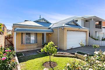 Property in SOUTH PERTH, 103 COODE STREET
